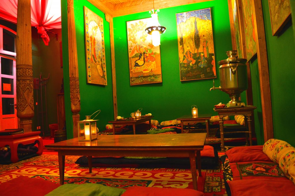 berlin- salon de thé- tadschikische teestube
