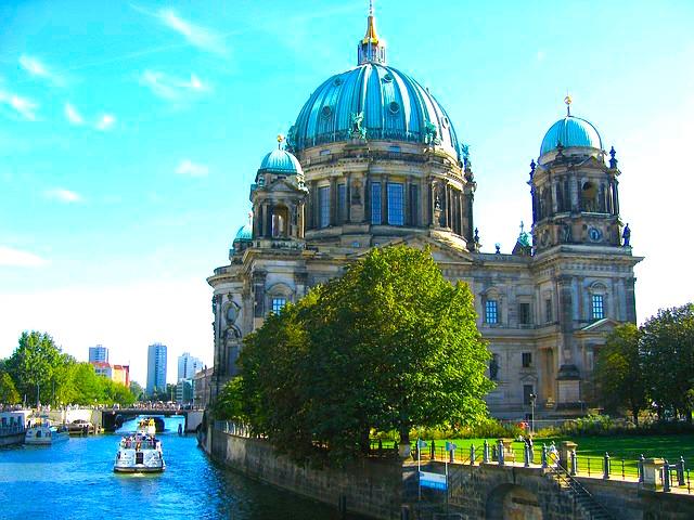 cathedrale de berlin ile des musees