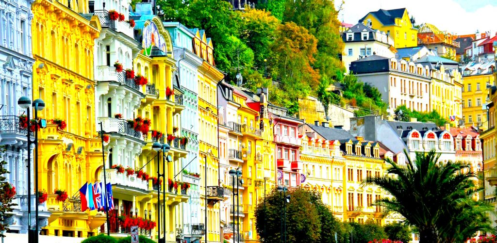 9-karlovy-vary-czech-republic-road-trip-summer-holidays-europe-centrale-blog-voyage-ville-thermale