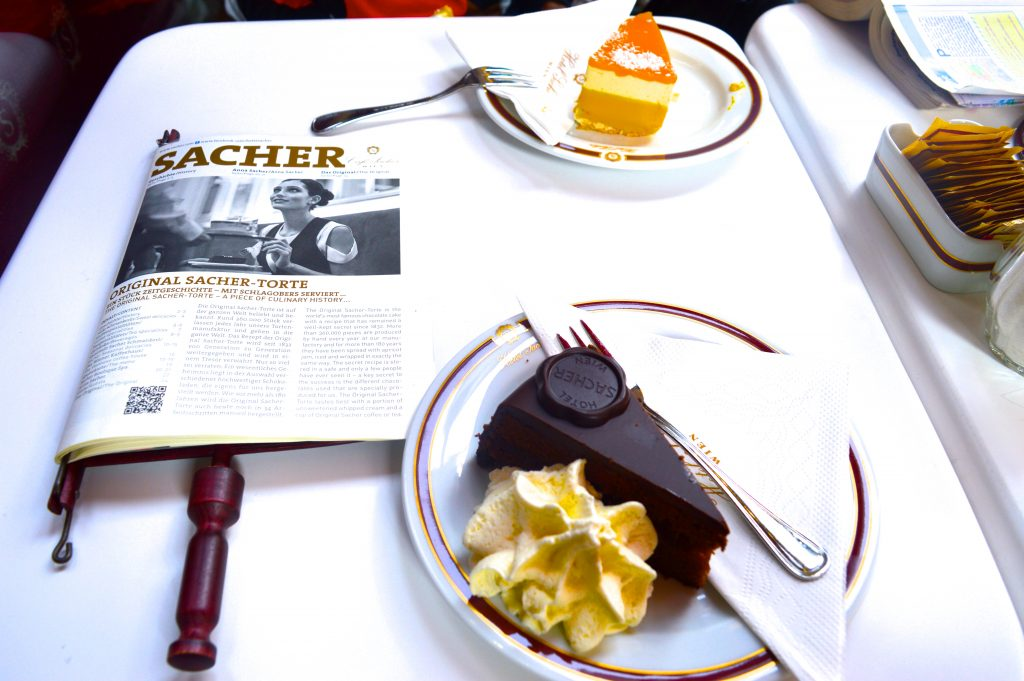 cafe-sacher-vienne-europe-sacher-torte-autriche-chocolat-blog-voyage-meilleures-adresses-week-end